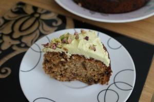 Tea masala cake