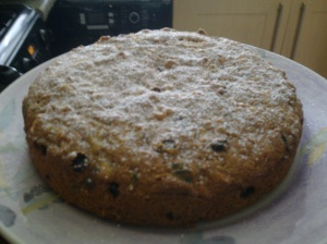 Carrot, apple and raisin cake