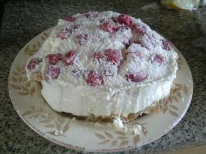 Coconut and raspberry cheesecake