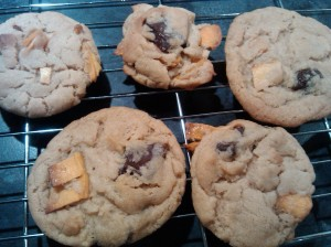 Mango and dark chocolate cookies 3