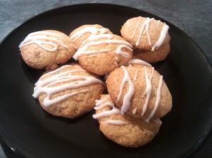Lemon and raisin cookies